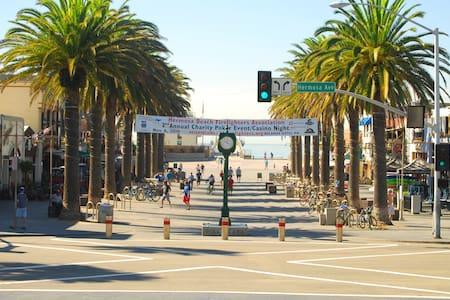 Ocean View Residence w/amazing view - Hermosa Beach - Departamento