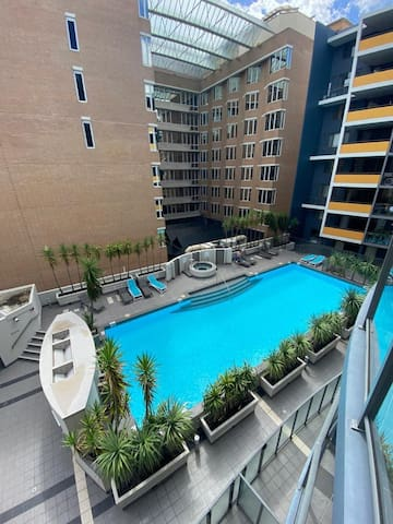 Apartment in the CBD with SwimmingPool jacuzzi Gym