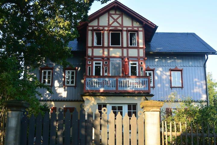 Ferienwohnung in der Villa Blau