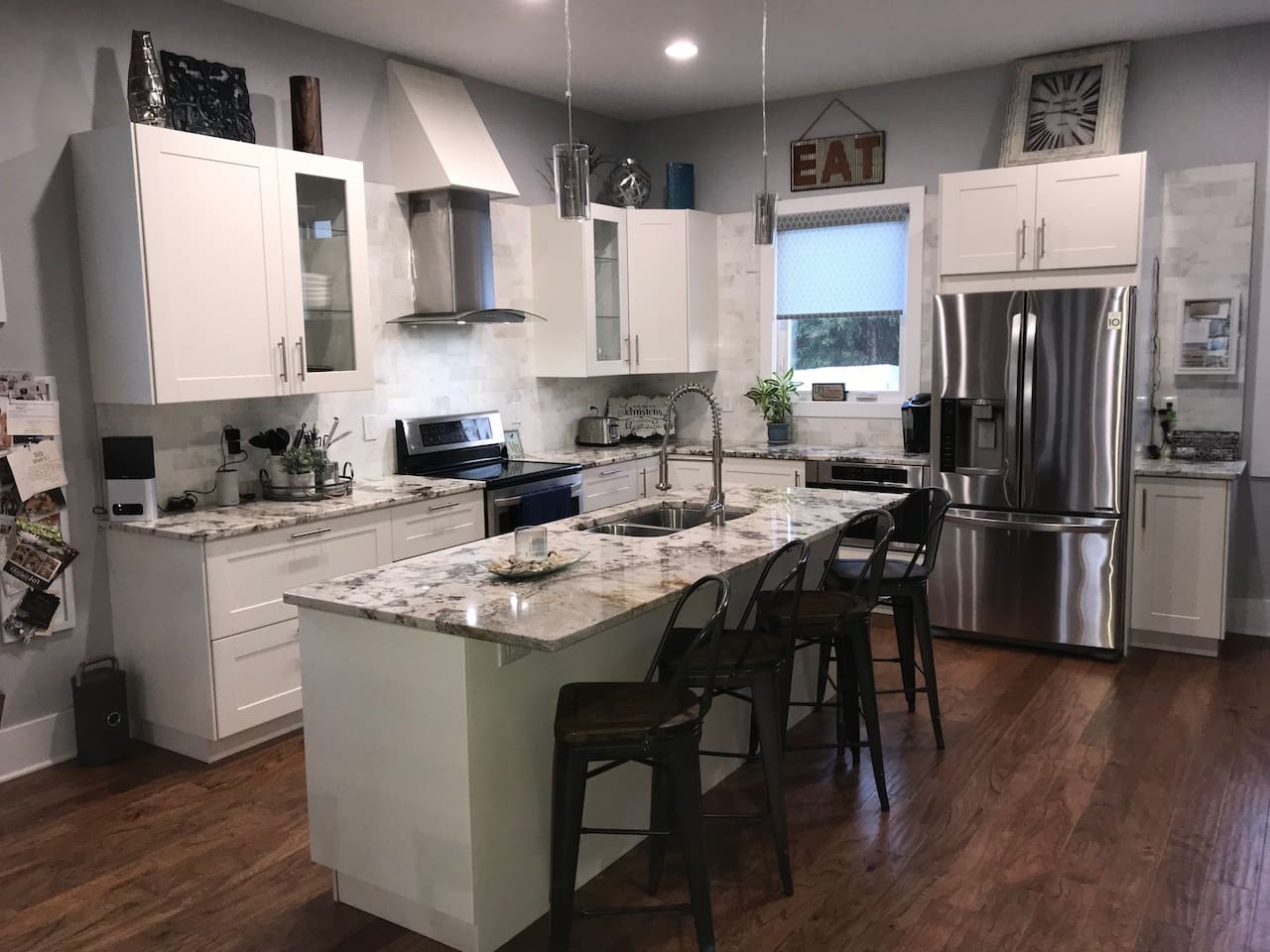 Large, open kitchen with everything you need!
