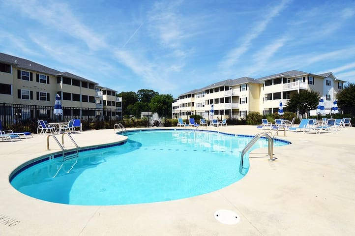 3b/2ba condo at The Palms in Rehoboth