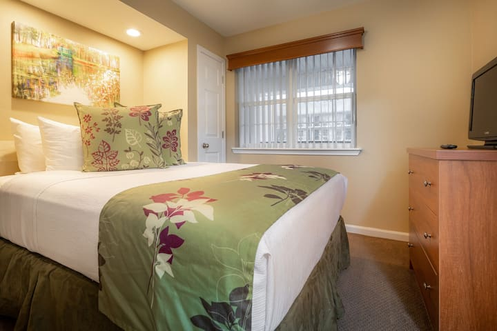 The plush queen bedding in the guest bedroom is waiting and ready for you.