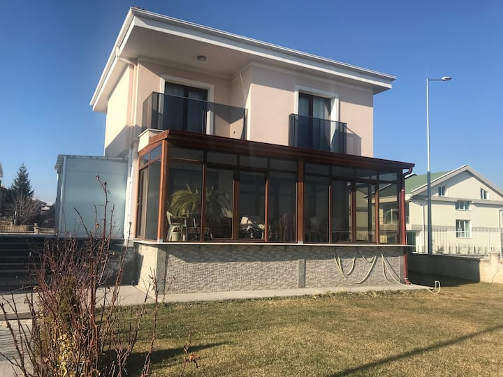 Luxurious 3 floor villa next to mount Erciyes