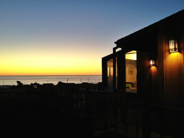 Peri's Beach House - Bodega Bay