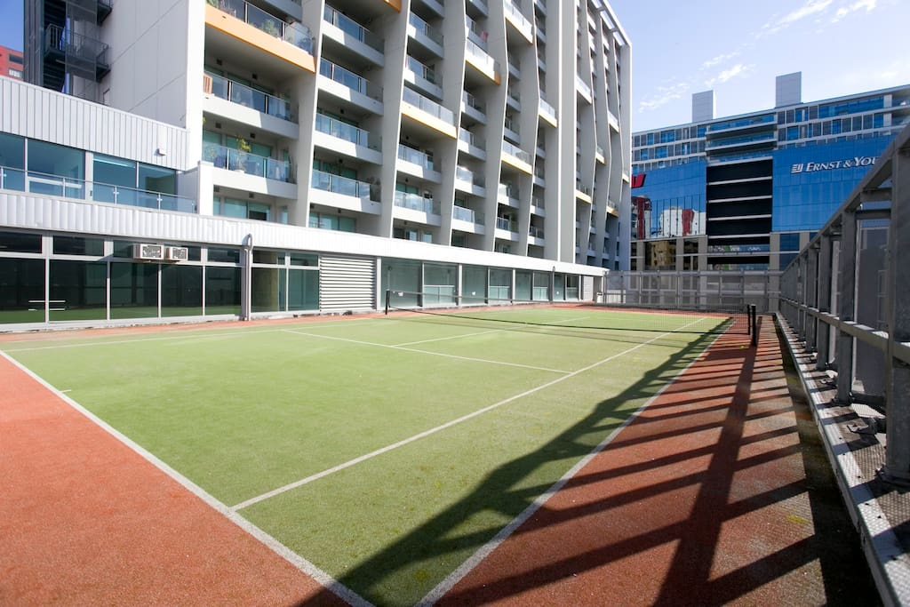 Tennis court for guests use