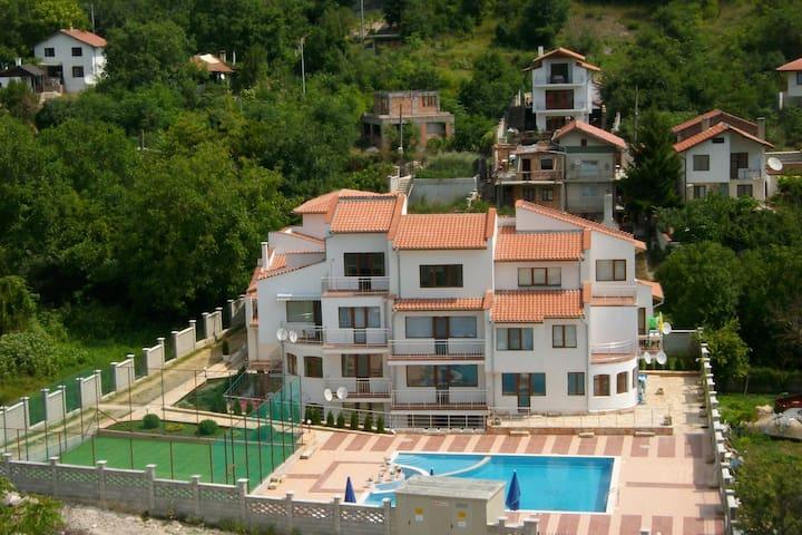 апартамент в малоэтажном комплексе - Balchik - Apartment
