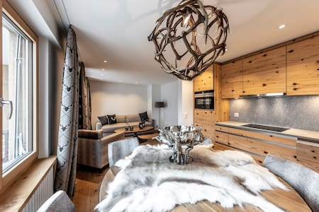Unique Alpic style apartment in the heart of Davos
