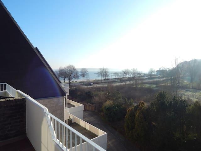 Gemütliche 1 Zimmerwohnung mit Blick aufs Wasser - Harrislee - Byt