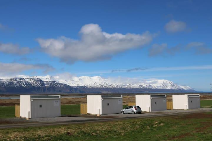 Laxhús Laxamýri - Bungalow with Mountain View (1-2)