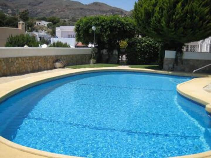 Large apartment with pool & close to the beach