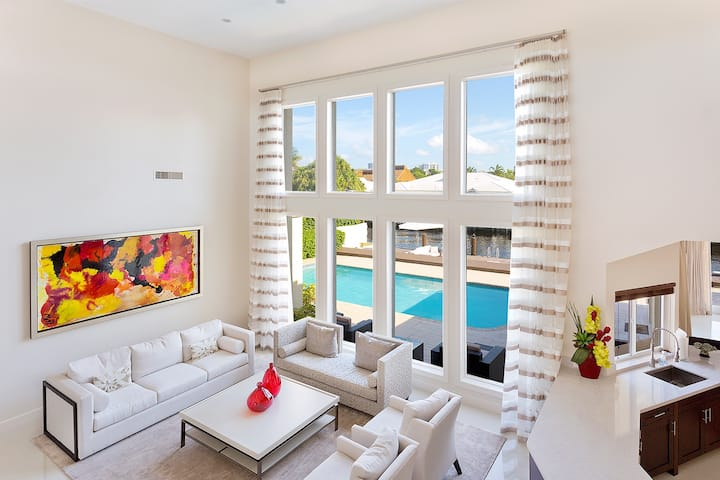 Pearl of Ft. Lauderdale - Luxury 5 Bedroom