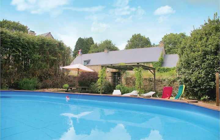 Nice home in Lignol with Outdoor swimming pool, WiFi and 2 Bedrooms