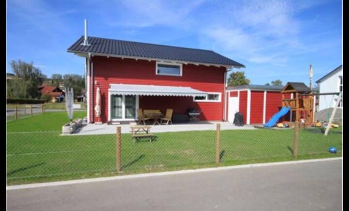 Schwedenhaus In der Natur 25 min vom Flughafen