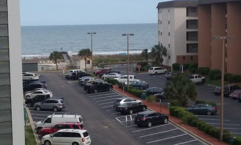 Family Friendly, Newly Renovated, Large Balcony, B - Myrtle Beach - Pis
