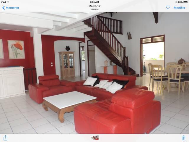 Villa 200 m2 proche plage - Sainte-Anne - Villa