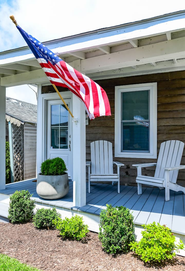 Perfect 1 Bedroom Cottage Close to the Famous Ocean City Boardwalk!
