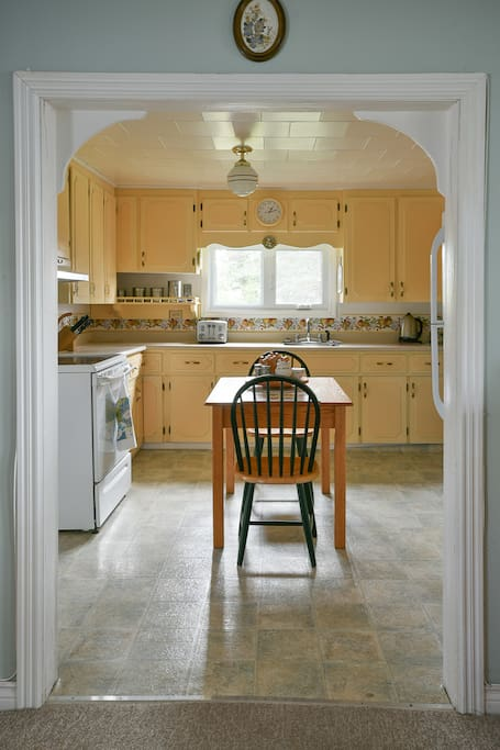 Charming, traditional kitchen