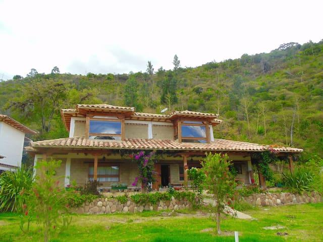 Cabaña rural en medio de la montaña y el rio - Villa de Leyva - Haus