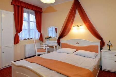 Comfy apartment with swimming pool - Mezőkövesd