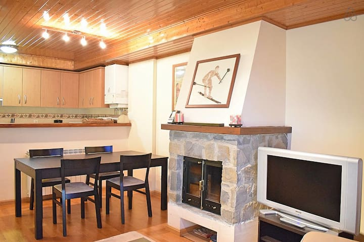 Stone Cove - Cozy apartment in Formigal with great views and wifi