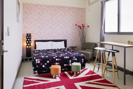 1double bed suite with bath room56532