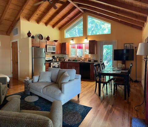Glen Ellen Creek House/ Heart of Sonoma Valley
