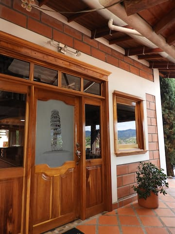 Gran casa finca privada en guatape Antioquia