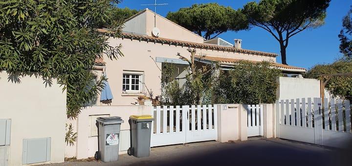 LGM beach house plage,centre700M  trèsgrande villa