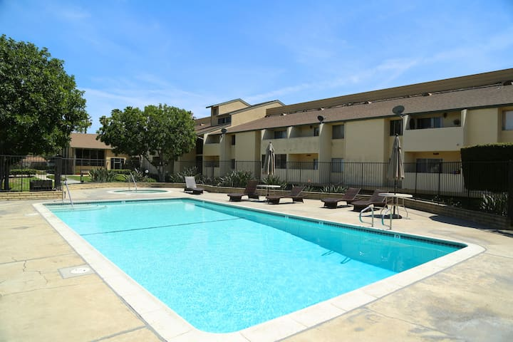 New Entire Condo in Gated Community near Disney - Anaheim - Condominio
