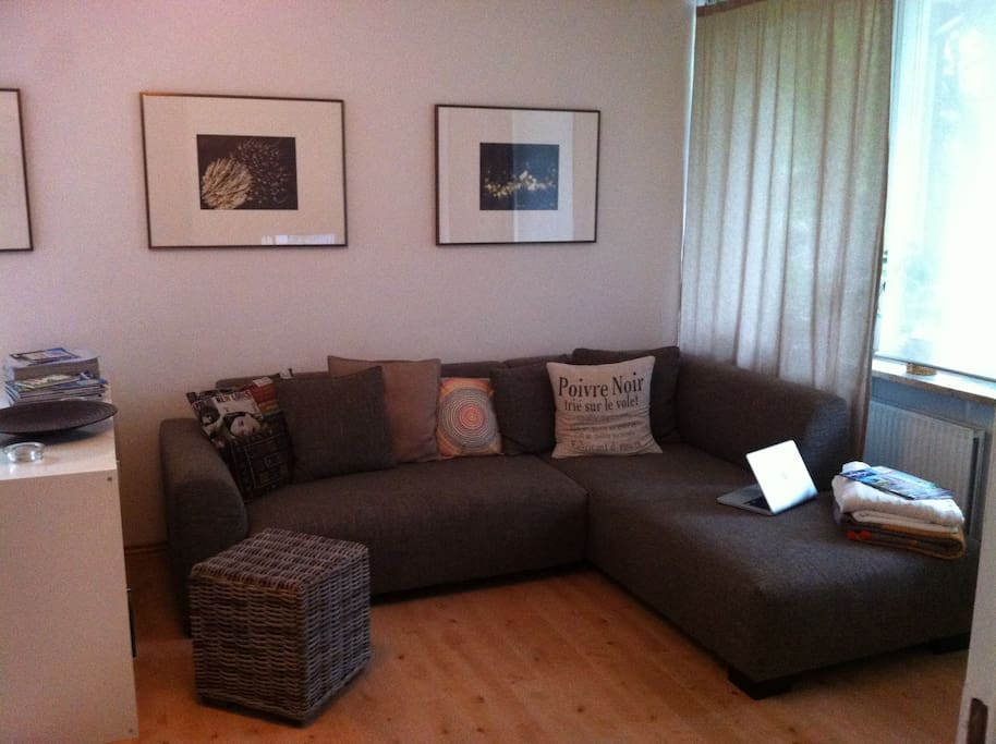A cosy place to enjoy a glas of wine or watch a film