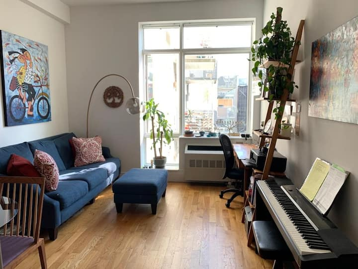 Gorgeous 1BR/alcove studio center Williamsburg
