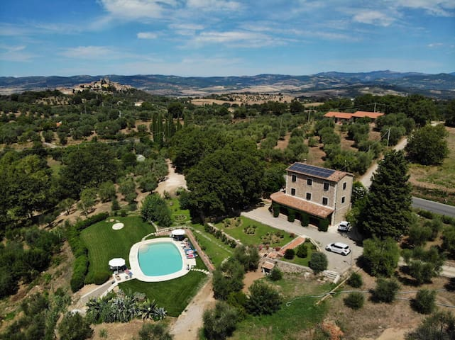 Special deal last minute Saturnia Villa with pool