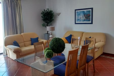 Recently renovated apartment, 5 mins to the beach - Albufeira