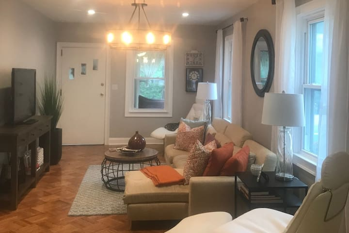 Cozy Private Room in Bloomfield NJ