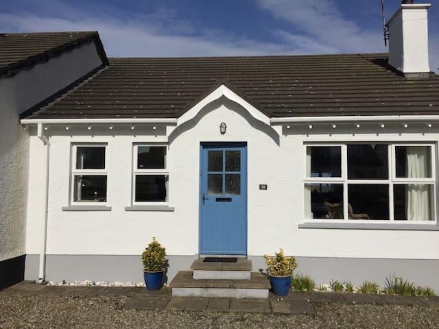 Nanny Willows Cottage Portballintrae