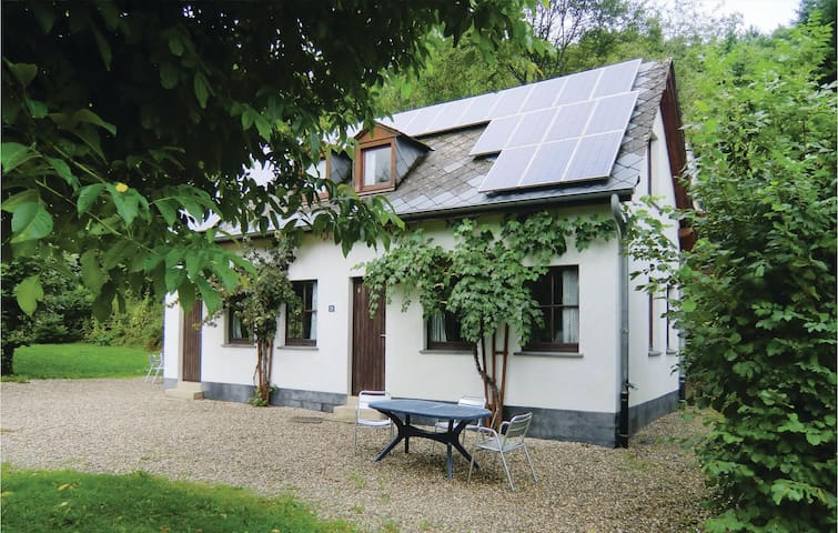 Semi-Detached with 2 bedrooms on 42m² in Enscherange