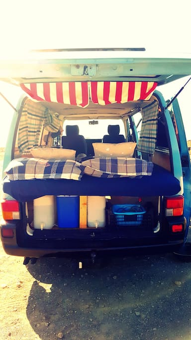 The van is equipped with everything you need... 20 + 20 L water tanks 2 camping chairs 1 camping table 1 indoor table Cutlery set Pots and pans Small breakfast 1 bed sheet 2 blankets 2 pillows 2 towels