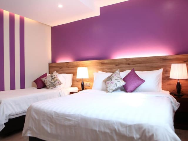 Studio Plus suite comes with a Queen and Single Bed