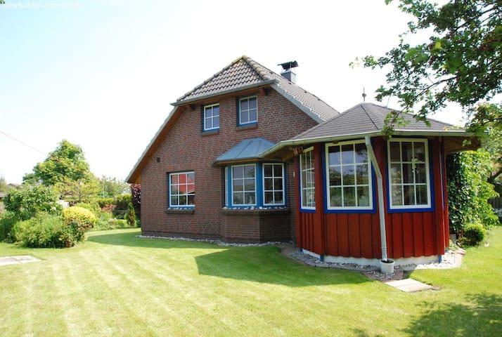 Moderne Nordseekate direkt unter dem Deich - Friedrichskoog - Casa