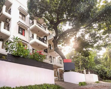 Entire Apartment with Swimming Pool - North Goa