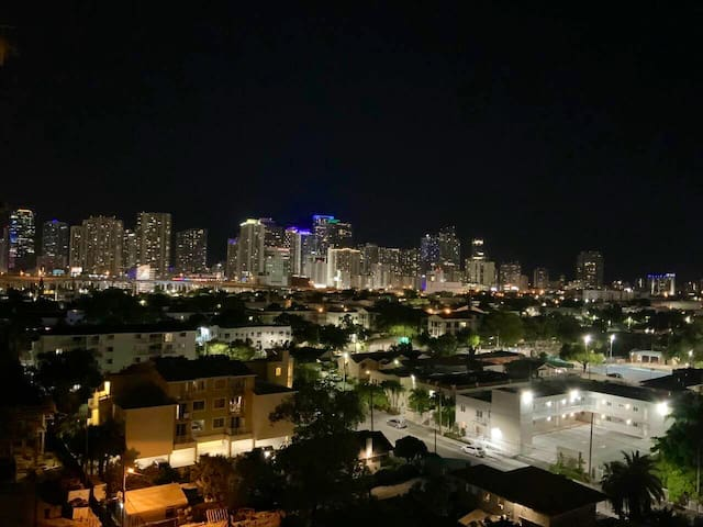Comfortable Apartment near Downtown & Brickell