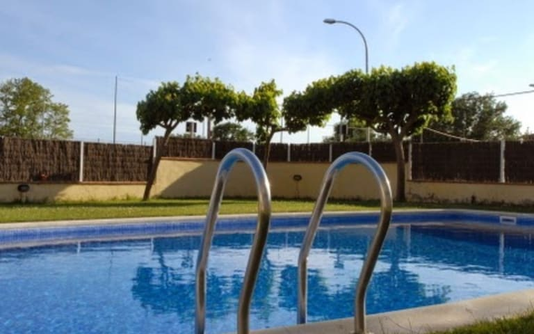 Apart  Costa Brava, comfortable, AC, pool