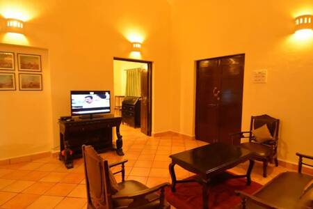 Sea View 4BHK Luxury Villa walking dist to beach