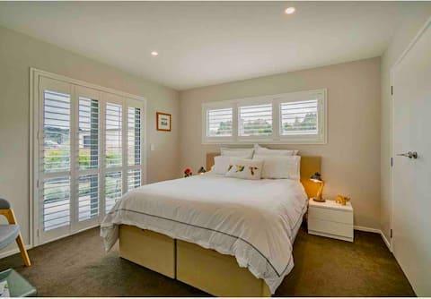Matakana Escape Guest Suite & patios