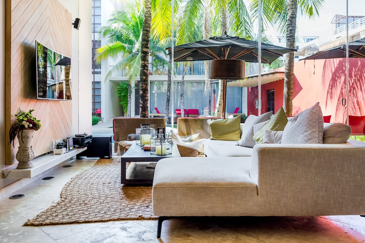 Upscale and Luxurious Apartment in Playa Mamitas