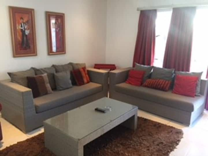 Modern Self Catering Apartment for 4 - Hartenbos
