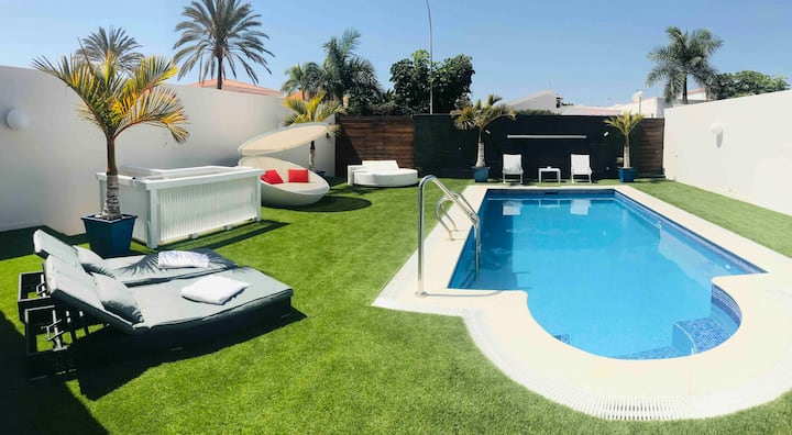 Lovely Holiday House Maspalomas with private pool