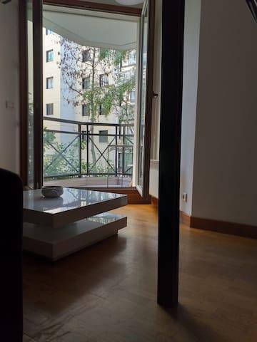 At Home Paris Levallois center, quiet, bright