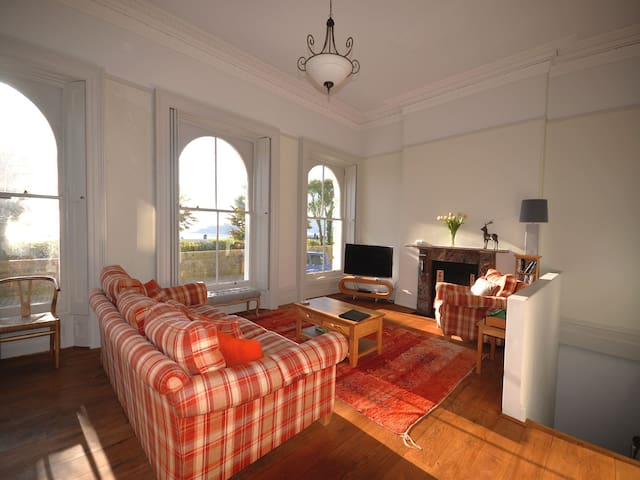 Mayflower apartment 4 bed duplex apartment with stunning views over sea and Hoe