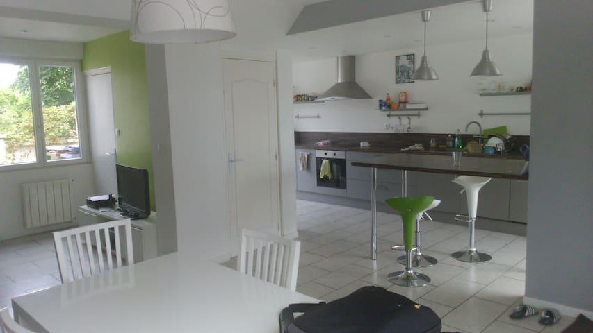1 chambre dans maison de 120² proche de Dunkerque - Dunkerque